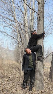 obr3 - Jak slepý s bezrukým společně zasadili les