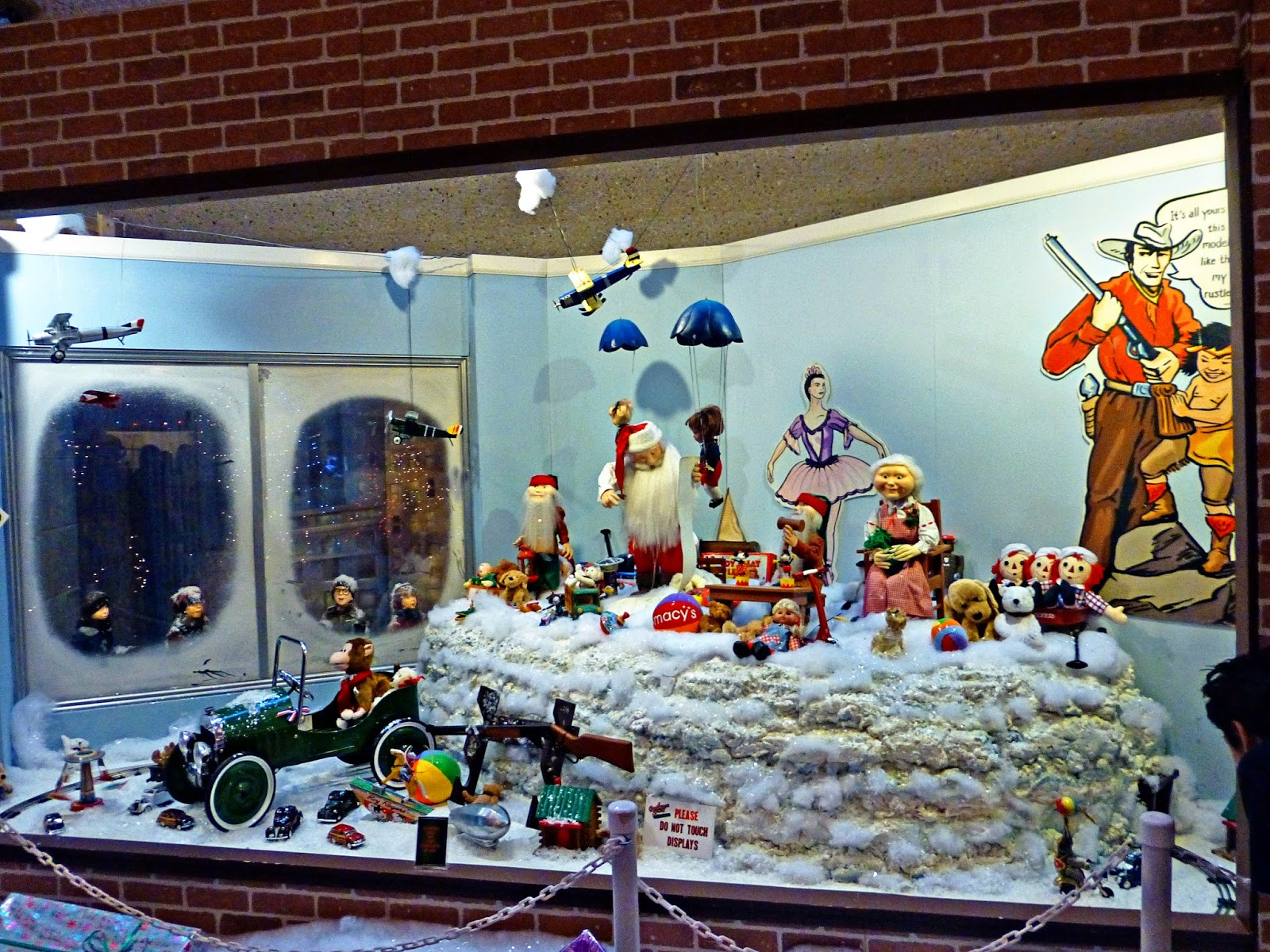 Christmas Toy Store : Theresa s mixed nuts visiting a christmas story window