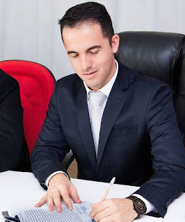 Prefeito de Nova Tebas reduz em 20% seu próprio salário!