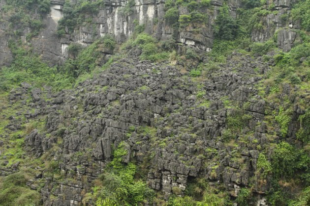 Limestone world of Hang Mua, Vietnam