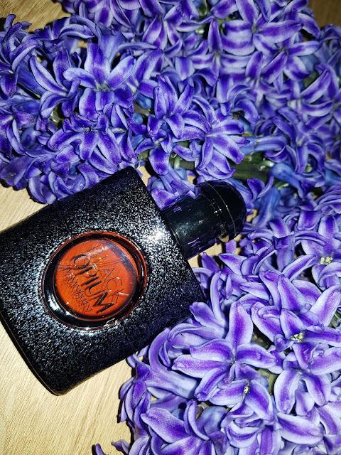 Black-Opium-YSL-Notino.ro