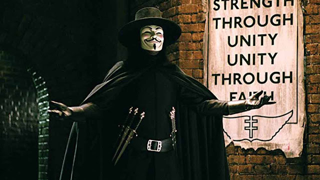أفضل 10 أفلام قد لا تصدق أنها مقتبسة في الأصل عن القصص المصورة Comics فيلم v for vandetta