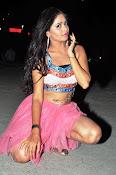 Shreya vyas new sizzling pics-thumbnail-4