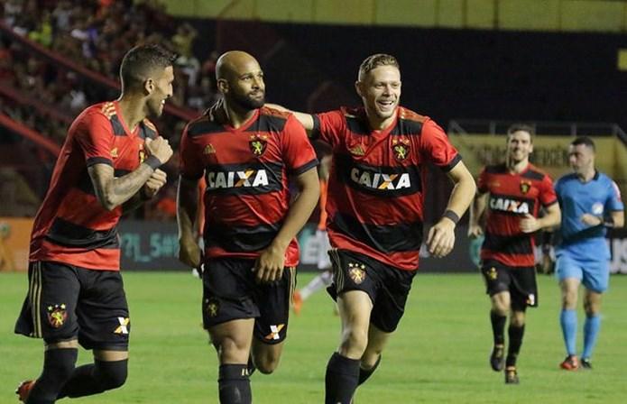 Sport vence o Atlético-PR 1 a 0