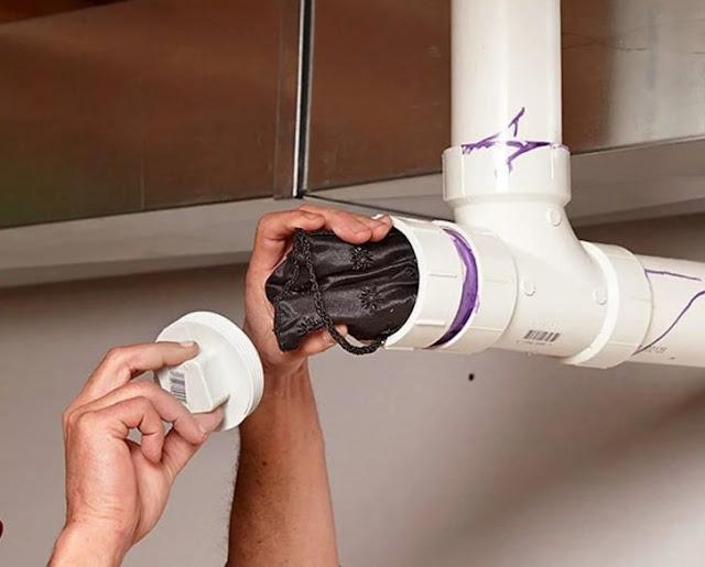 Tente manter seus objetos de valor em tubos falsos ... Se você cometer um erro, os resultados seriam catastróficos!