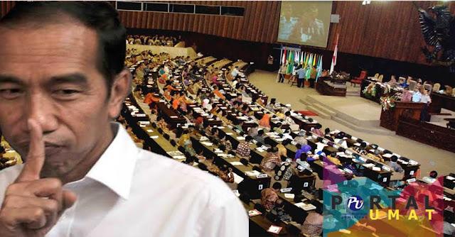 """Tak Disangka Jokowi Bicara Jujur : """"UU Kita Banyak Yang Pakai Sponsor, Banyak Titipan"""", Bagaimana Dengan UU Ormas?"""