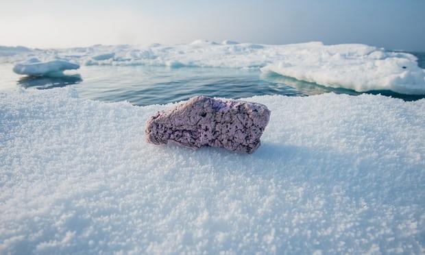 Plásticos são encontrados no Ártico e preocupam cientistas