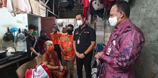 Bersama Juliari P. Batubara, Firli Bahuri Turun Langsung Awasi Penyaluran Bansos Kemensos