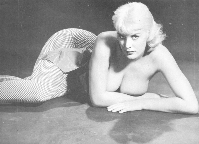 Nackt  June Wilkinson Glamorous Photos