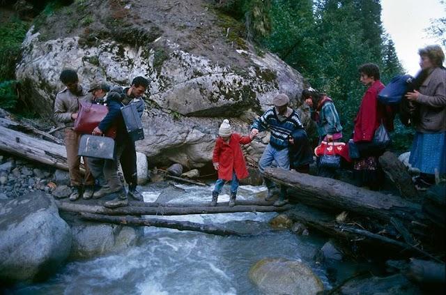Грузинские беженцы в горах Сванетии, октябрь 1993 года
