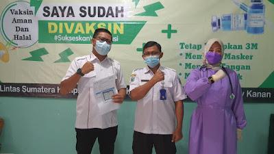 Komisioner dan Sekretaris KPU Dapat Vaksinasi dari Pemkab Waykanan