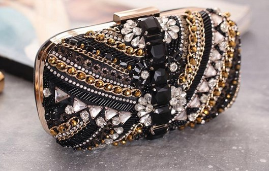 https://baginning.com/p/black-rhinestone-sparkly-evening-clutch-bags-wedding-clutch-purses.html