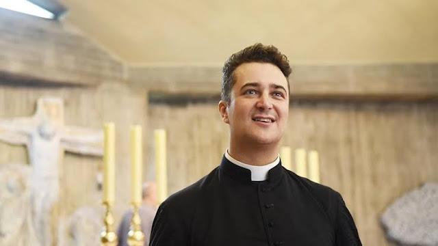 Pastor Italia Ditangkap karena Curi Uang Gereja untuk Pesta S*ks Sesama Jenis