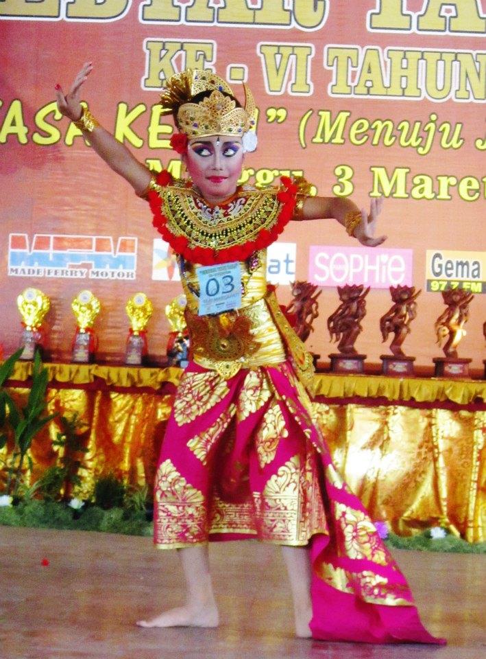 Tari Terompong : terompong, Discovering, Balinese, Dance:, Introduction, Dance