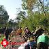 Babinsa Sidomulyo Lumajang Normalisasi Saluran Embung Bersama Warga