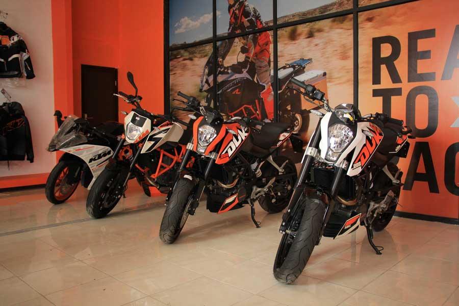 Ini dia daftar motor KTM yang nantinya akan dirakit di Indonesia . . harganya jadi murah sob !