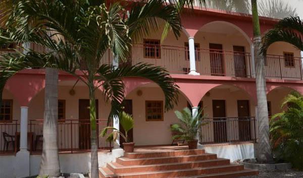 HOTEL LE FLAMBOYANT DE ZIGUINCHOR : Hôtel, restaurant, plage, bar, buffet, plat, cuisine, séminaire, LEUKSENEGAL, Dakar, Sénégal, Afrique
