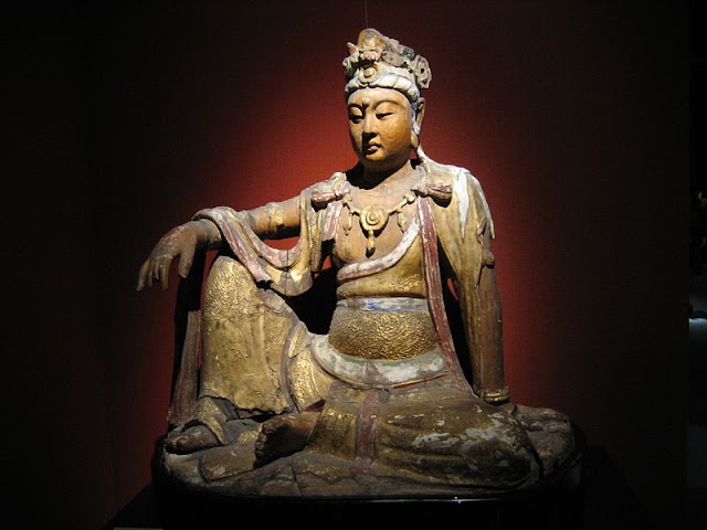 A carved wooden Bodhisattva from the Song dynasty, 960-1279