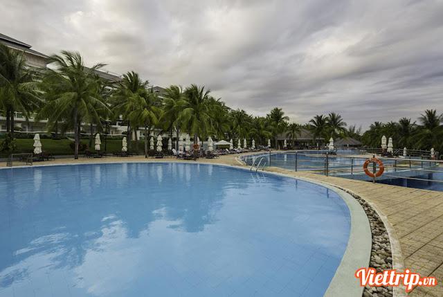 Hồ bơi tại Sealink villa