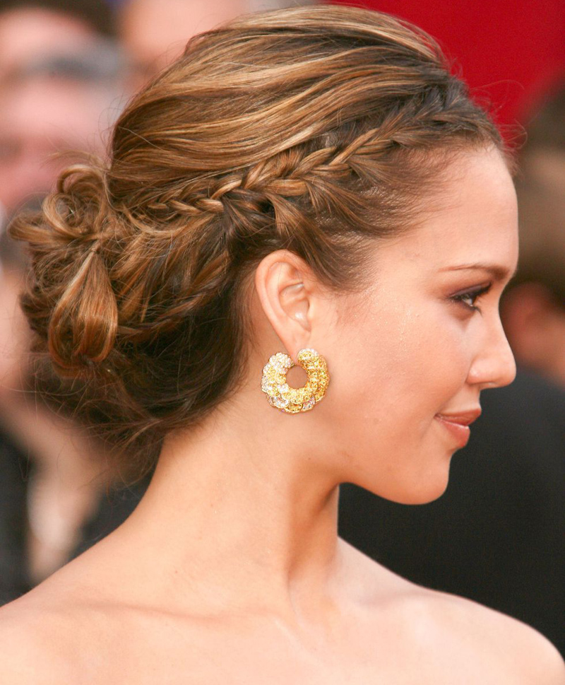 7 Glam and Easy Updos for Your Next Summer Wedding