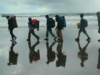 Susur Pantai Siswa Sekolah Alam Bandung