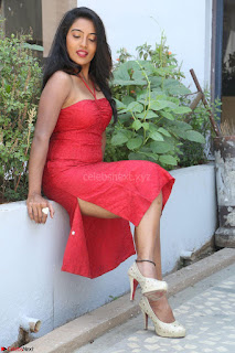 Mamatha sizzles in red Gown at Katrina Karina Madhyalo Kamal Haasan movie Launch event 027.JPG