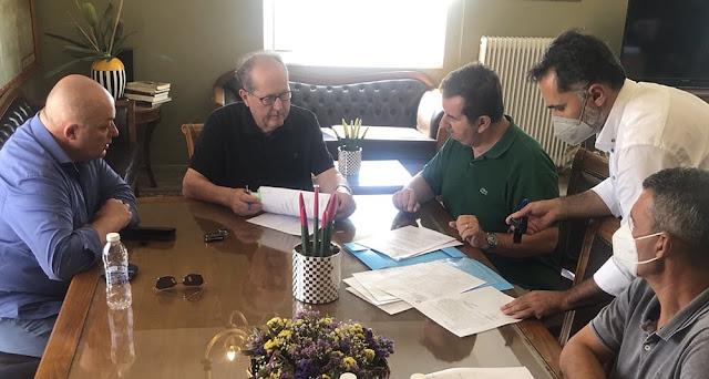 Συμβάσεις έργων για την Αργολίδα υπέγραψε ο Περιφερειάρχης Πελοποννήσου στο Ναύπλιο