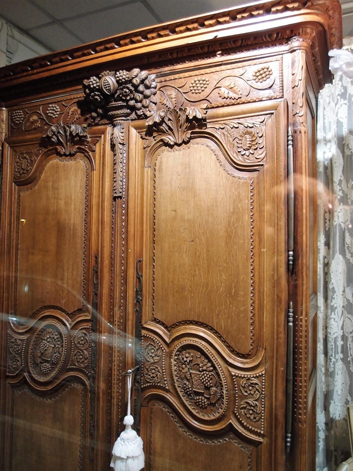 Piccola storia romantica dell 39 armoire du mariage for La casa di stile dell artigiano progetta una storia