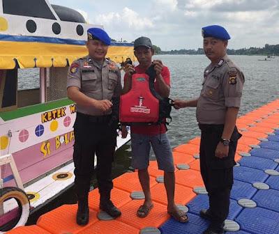 Ditpolairud Polda Jambi Laksanakan Pengamanan Pesta Danau Sipin Dalam Ops Lilin Siginjai Tahun 2019