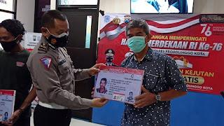 Dirgahayu Republik Indonesia, Polisi Berikan SIM Gratis Untuk Warga Yang Lahir Pada 17 Agustus