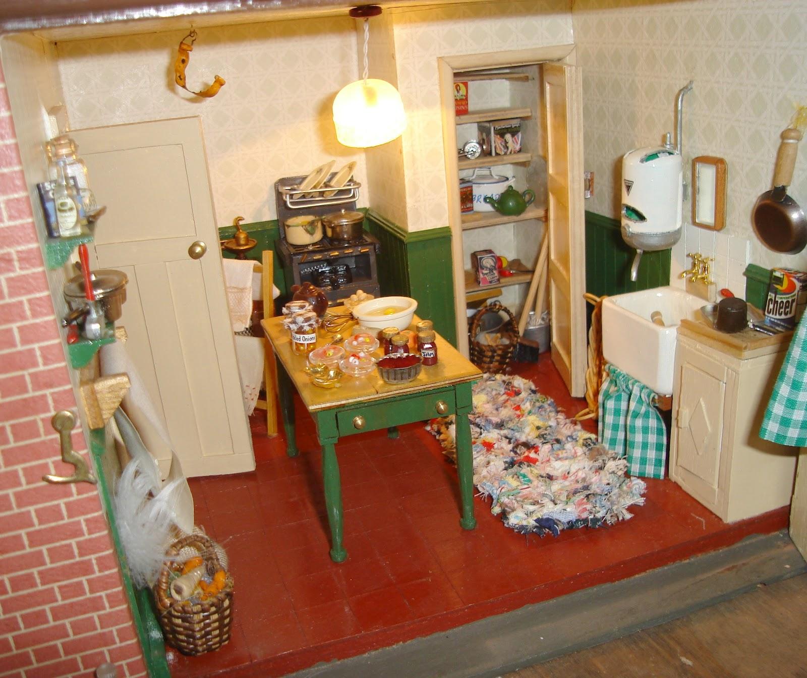 world costume dolls my dolls house no 2 Vintage Doll Houses
