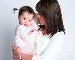 未成年人獨立或與父母之一方出國,是否需要家長同意書?