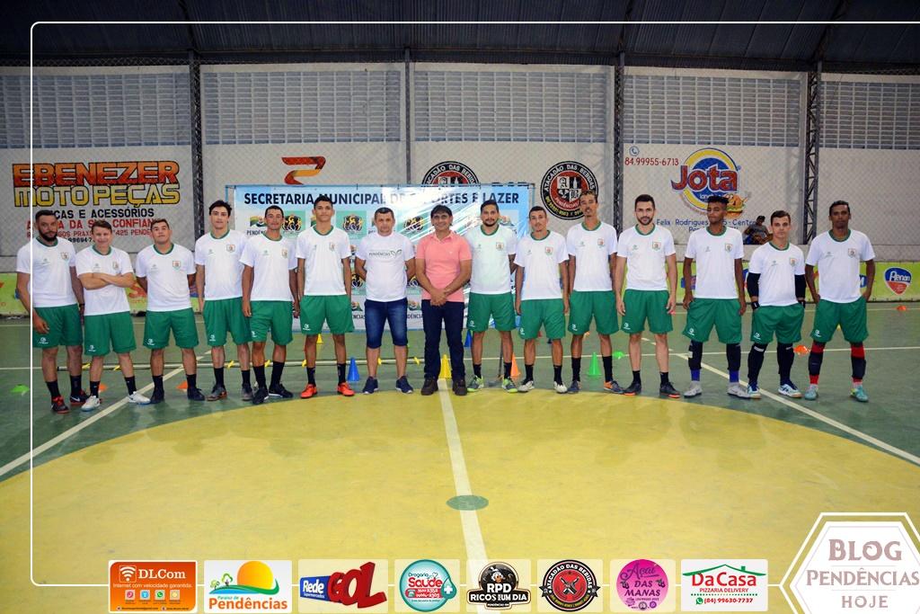 bd5142ad7845b A equipe técnica da seleção é formada por: Ageu Bernado, Marcinho, Júlio e  Maguinho.