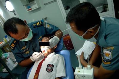 dokter gigi militer tni polri