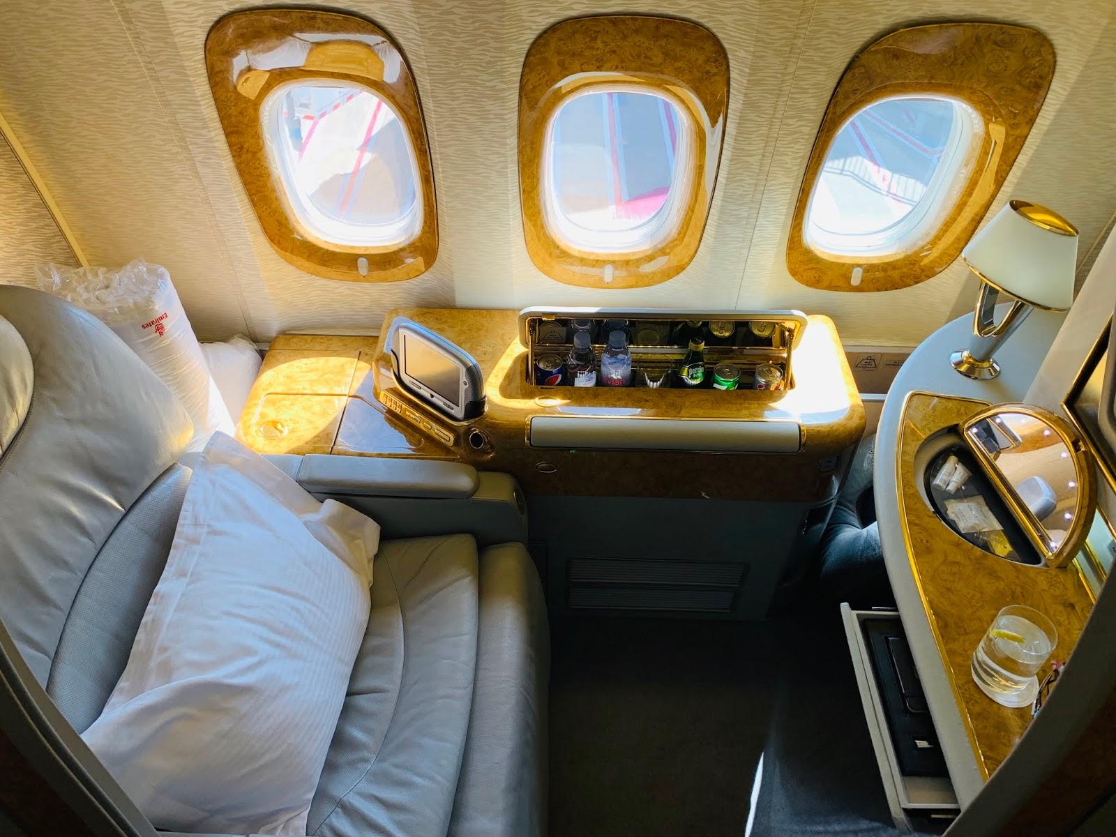 Review Emirates Ek417 First Class Boeing 777 300er Sydney