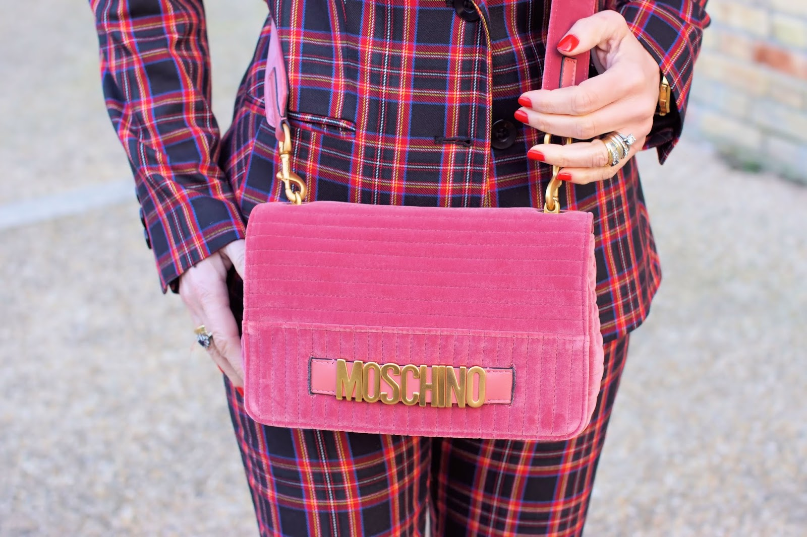 Moschino velvet bag on Fashion and Cookies fashion blog, fashion blogger