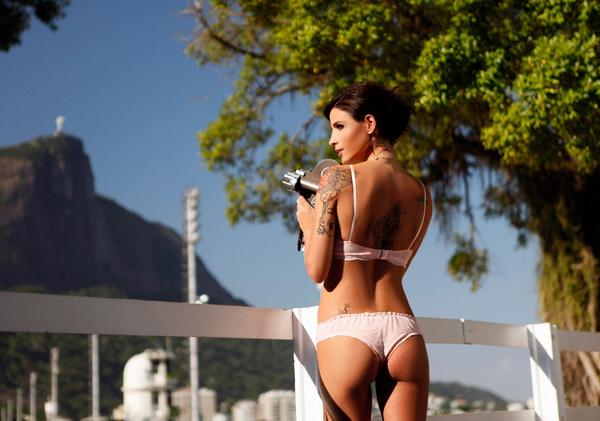 Hot girls Ana Paula Oliveira sexy scoccer player 6
