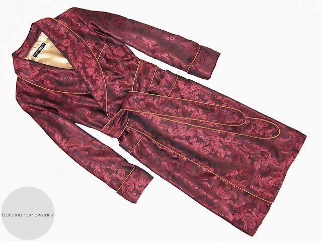 herren hausmantel exklusiv paisley seide rot luxus morgenmantel weinrot edel elegant hausrock englisch