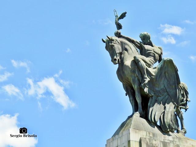 O Progresso e a Vitória - Monumento a Ramos de Azevedo