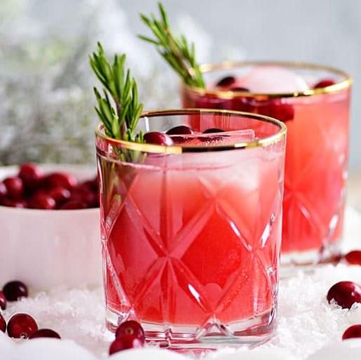 RUDOLPH'S TIPSY SPRITZER #christmas #vodka