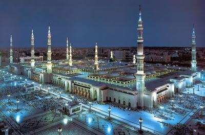 10 Masjid Terbesar di Dunia