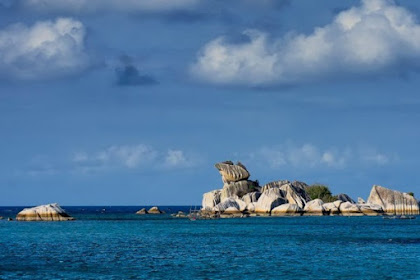 Berwisata dengan Paket Wisata Tanjung Kelayang? Yuk Lakukan 5 Aktivitas ini!