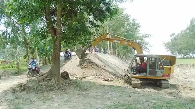 কাজিপুরে এক ইউনিয়নে নির্মিত হচ্ছে চল্লিশ কিলোমিটার রাস্তা