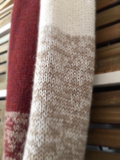 cuello de lana con colores degradados