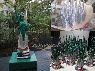 membuat miniatur patung liberty
