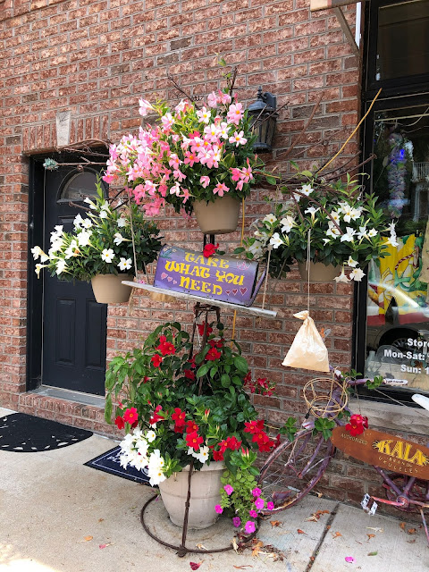 Lovely display and a way to help others in LeClaire, Iowa.