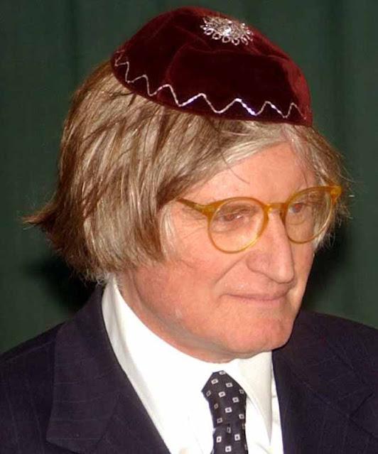 rabino com kipá
