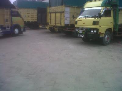 sewa truck pekanbaru