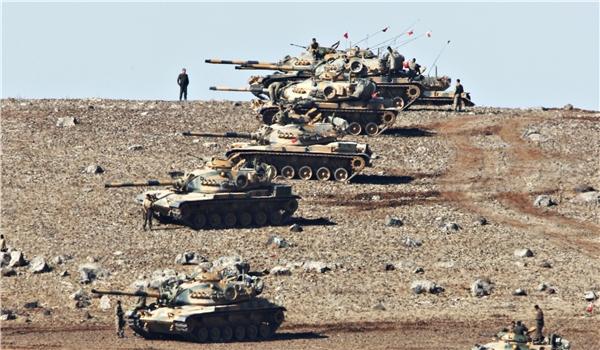 La Turquie bombarde des positions de Daech dans le nord de la Syrie.
