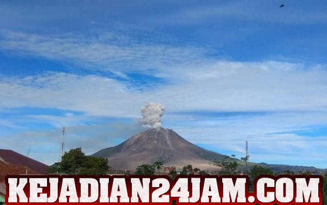 Lagi Lagi Gunung Sinabung Erupsi Dan Semburkan Abu Vulkanik